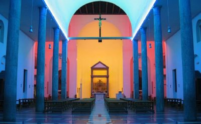 Dan Flavin kapel in Milaan